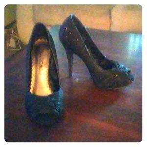 Size 6.5 lulu Townsend sparkly heels